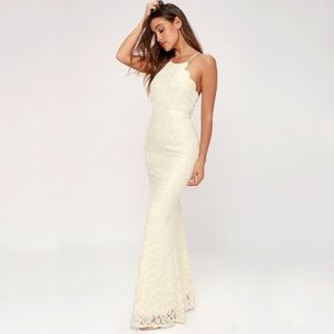 Lulus Holiday Scalloped Cream Evening Wedding Gown